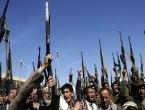 İran'dan Yemen'deki Husi yönetime ekonomik destek
